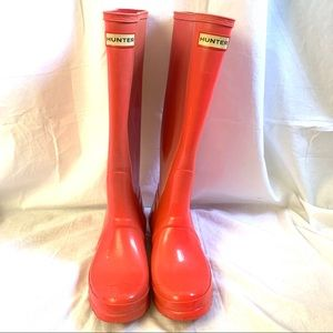 Hunter Original Tall Gloss rain boot Size 7